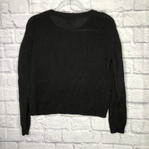 Forever 21 Sweaters - Forever 21 black sweater w/ braided sleeve detail